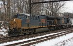 CSX 3263 leads Q300 out of Woodbourne Yard